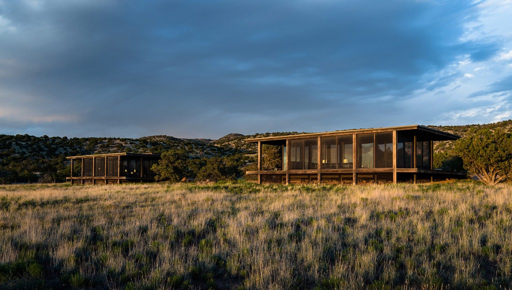tom-ford-ranch-exterior-4